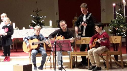 KPYC 2017 Joint Carol Service-guitars